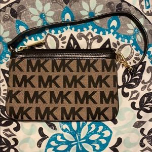 Michael Korea's Wristlet- black and khaki